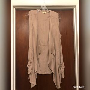 Kori Jackets & Coats - Khaki vest